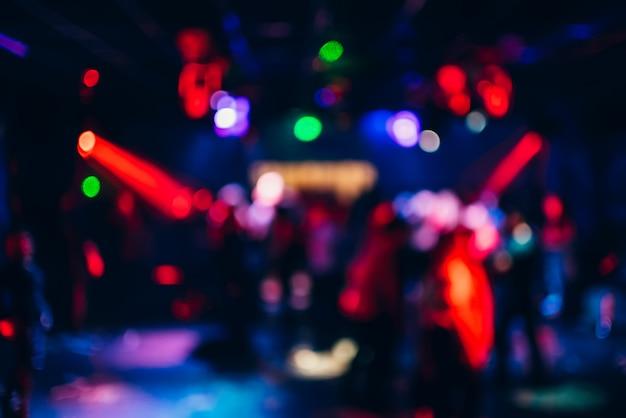 Fond de bokeh coloré avec des lumières floues défocalisés Photo Premium