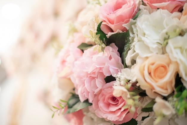 Fond de fleurs de mariage blanc et décoration de mariage Photo Premium