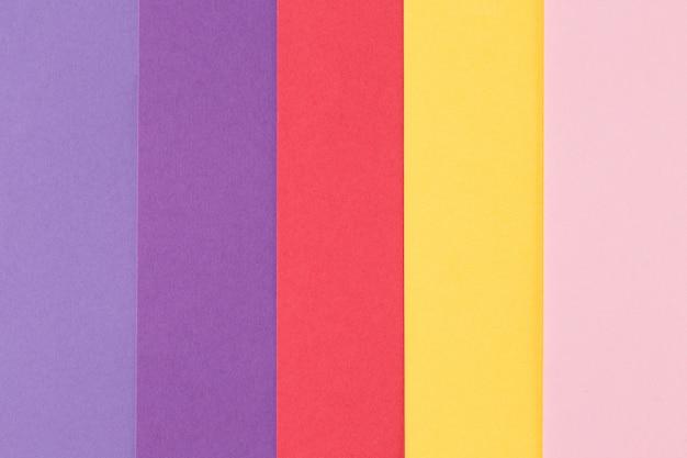 Fond multicolore à partir d'un papier de différentes couleurs, vue de dessus Photo Premium