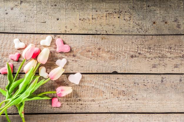 Fond De Saint Valentin Avec Coeurs, Fleurs Photo Premium