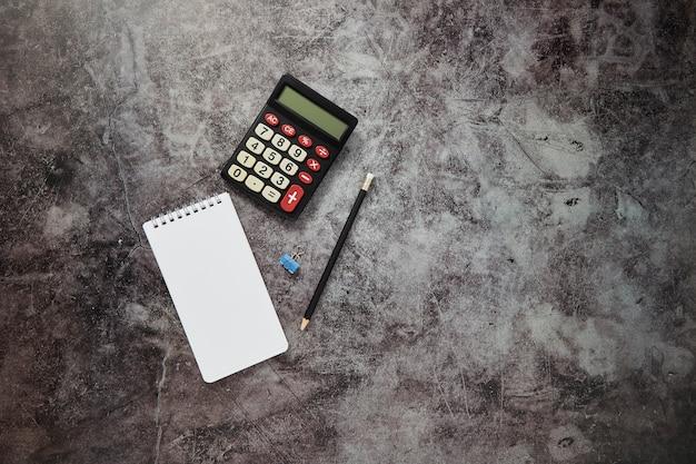 Fond de table de bureau en ligne business finance Photo Premium