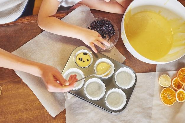 Forme De Cupcake Et Pâte Photo gratuit