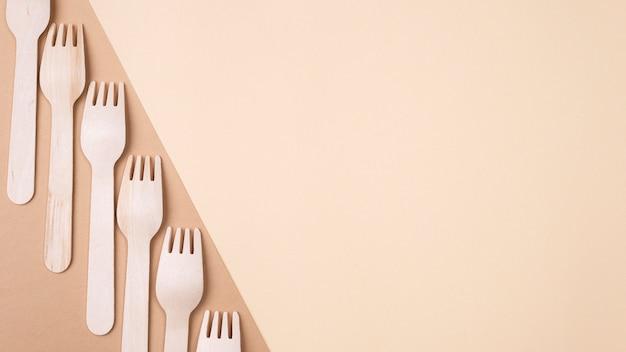 Fourchettes à Vaisselle Jetables écologiques Photo gratuit