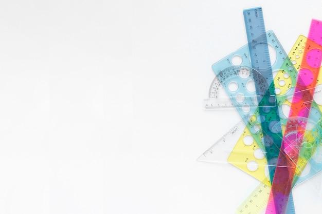 Fournitures De Règles Colorées Mathématiques Avec Espace Copie Photo gratuit