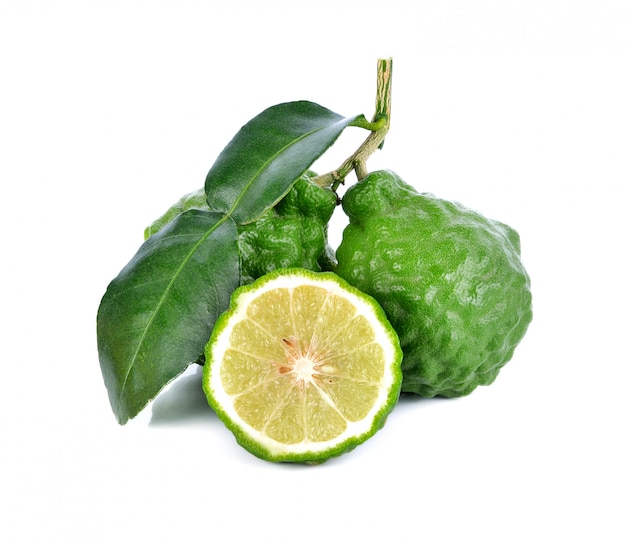 Fruit de bergamote sur un blanc Photo Premium