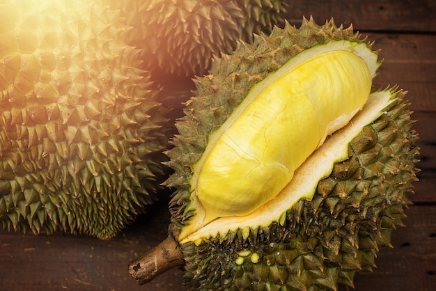 Fruit de mon thong durian de thaïlande Photo Premium