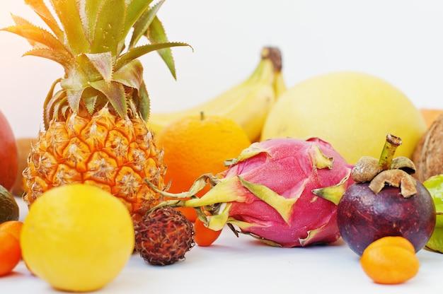 Fruits exotiques Photo Premium