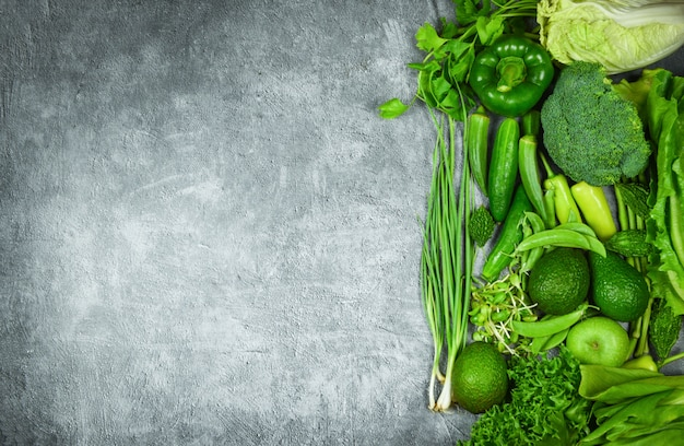 Fruits verts et légumes verts Photo Premium