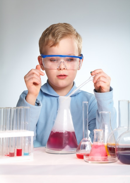 Future apprentissage scientifique Photo gratuit