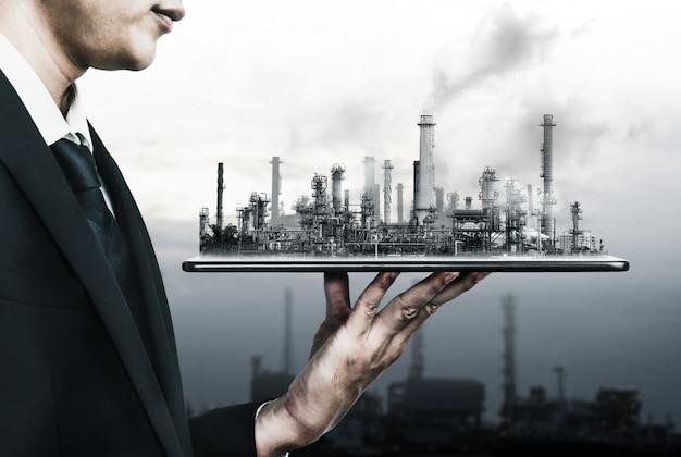 Future Usine D'usine Et Concept De L'industrie De L'énergie. Photo Premium