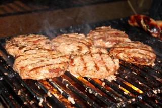 Galettes de steak haché Photo gratuit