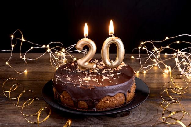Gâteau D'anniversaire Gros Plan Photo gratuit