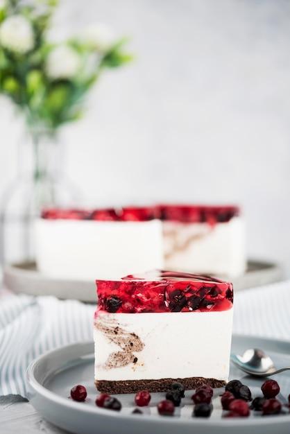 Gâteau De Gelée Avec Décoration De Fleurs Photo gratuit