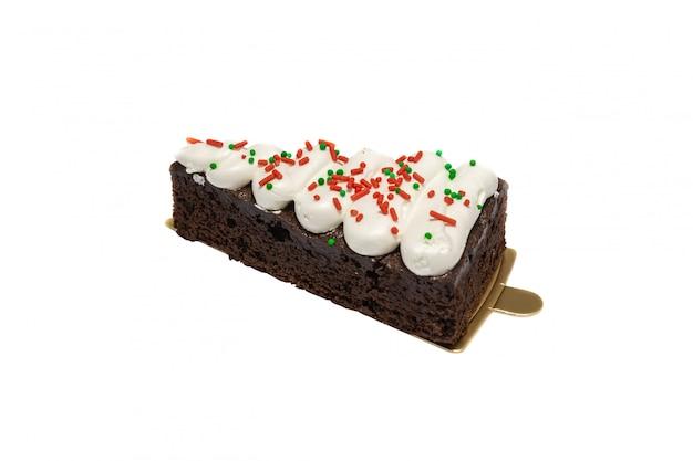 Gâteau glacé au cassis et chocolat isolé sur fond blanc Photo Premium