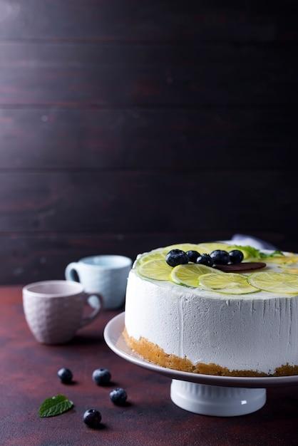 Gâteau mousse au yaourt Photo Premium