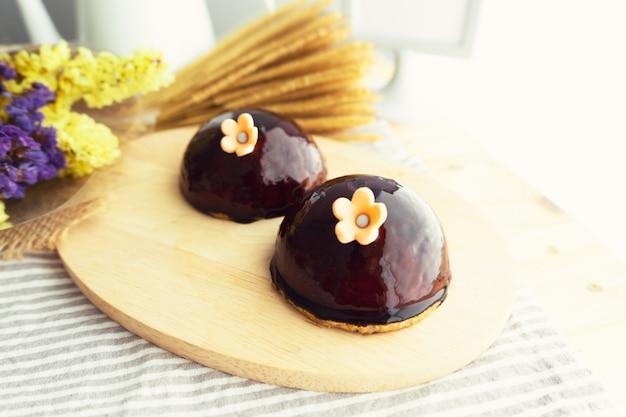 Gâteau à la mousse. Photo Premium