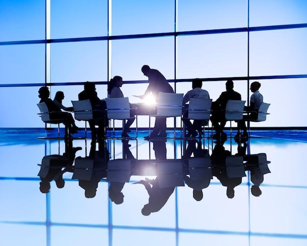 Gens d'affaires en réunion Photo Premium