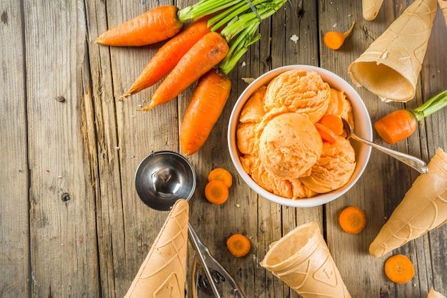Glace végétalienne aux carottes Photo Premium