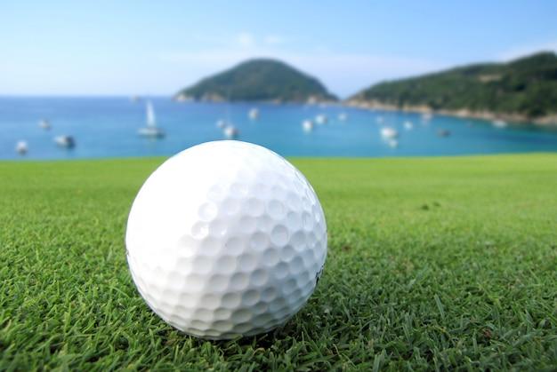 Golf sur la mer Photo Premium