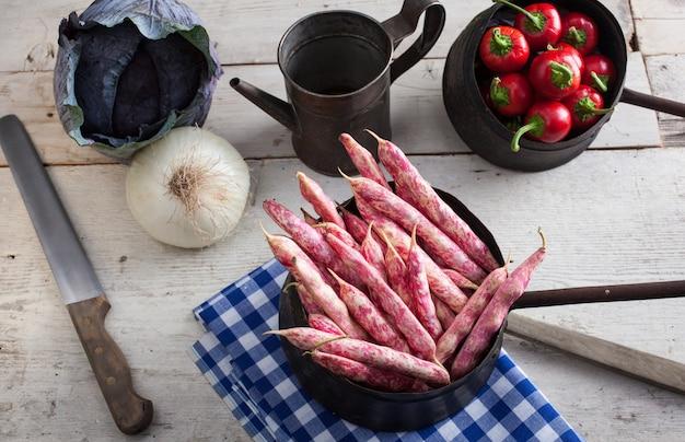 Gousses de haricots rouges Photo Premium