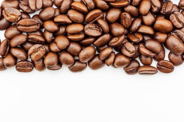 Grains de café torréfiés Photo Premium