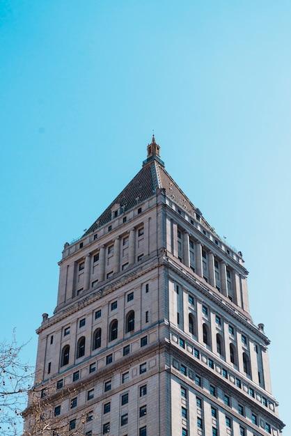 Grand immeuble de bureaux de new york Photo gratuit