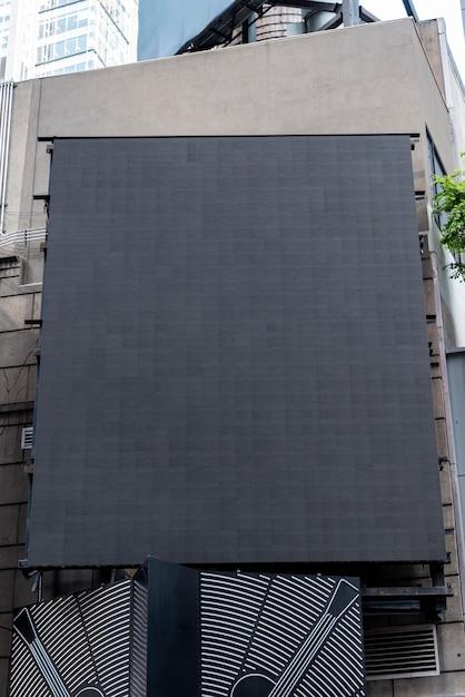 Grand maquette de panneau d'affichage dans un paysage urbain Photo gratuit