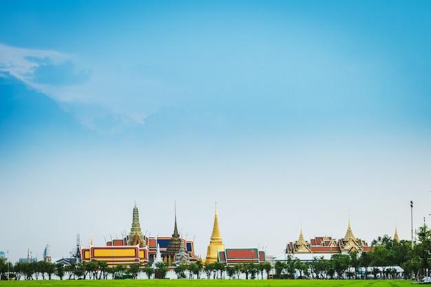 Grand palais, wat pra kaew et sanam luang Photo Premium