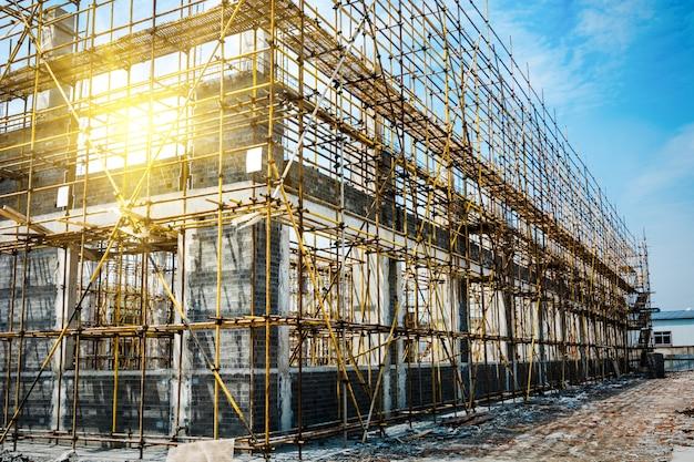 Grand site de construction Photo gratuit