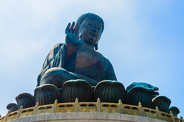 Grande statue religieuse porcelaine asiatique Photo gratuit