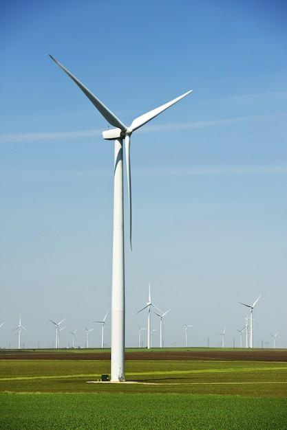 Grands éoliennes Photo gratuit