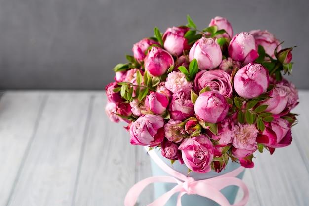 Gros bouquet de roses Photo Premium