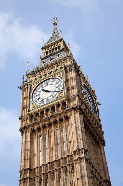 Gros plan de big ben Photo Premium