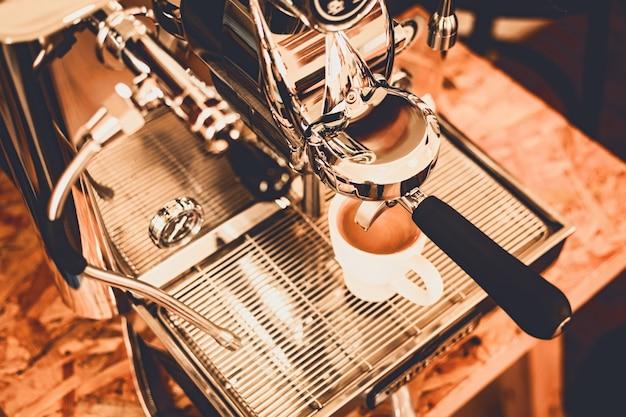 Gros plan, café, café, machine café professionnel Photo Premium