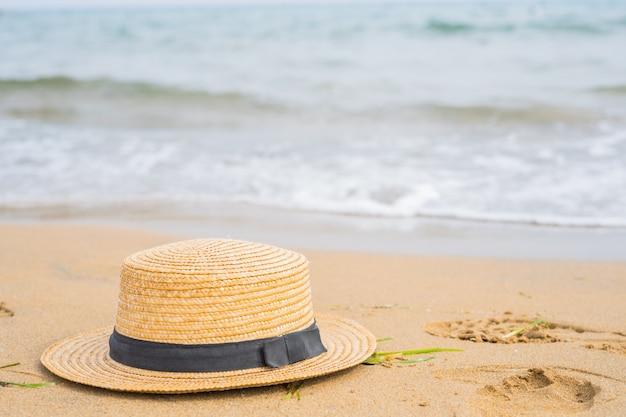 Gros plan, chapeau, plage Photo Premium