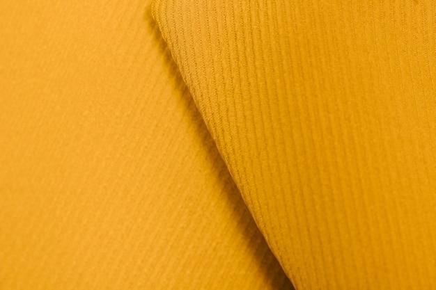 Gros plan col jaune texturé Photo gratuit