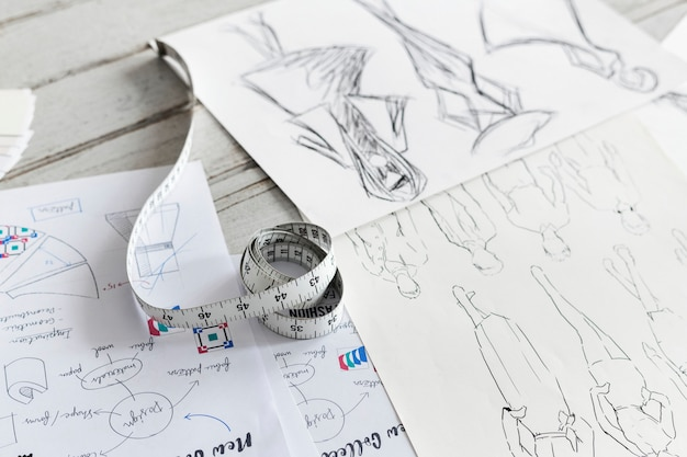 Gros plan de dessins en tissu esquissés Photo gratuit