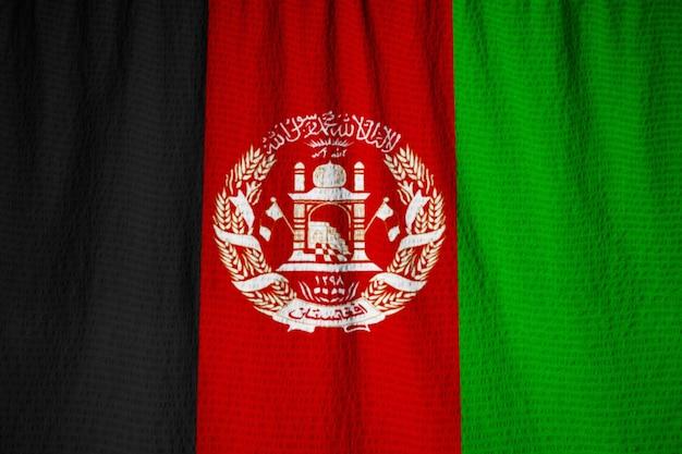 Gros Plan Du Drapeau De L'afghanistan ébouriffé, Drapeau De L'afghanistan Soufflant Dans Le Vent Photo Premium