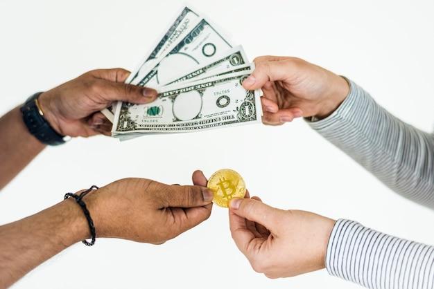 Gros plan d'échange de bitcoin isolé sur fond blanc Photo Premium