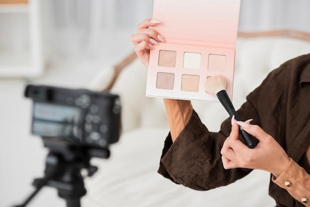 Gros Plan, Femme, Tenue, Maquillage, Couleurs Photo gratuit