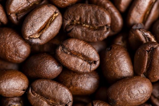 Gros Plan Des Grains De Café Photo Premium