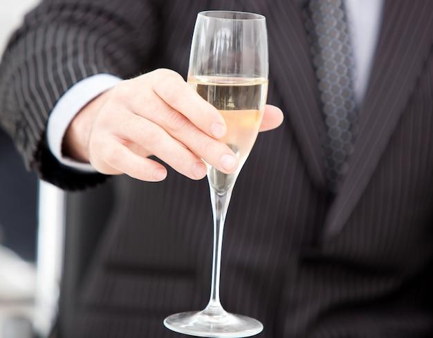 Gros Plan, Homme Affaires, Célébrer, événement, Champagne Photo Premium