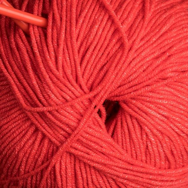 Gros plan, de, laine rouge Photo gratuit