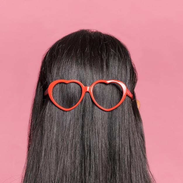 Gros Plan, Long, Cheveux, Lunettes Soleil, Derrière Photo Premium