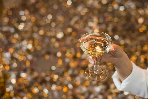 Gros Plan, Main Femme, Verre, Whisky Photo gratuit