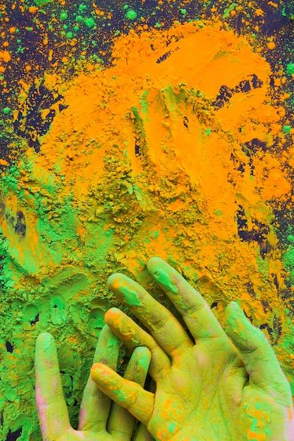 Gros plan, main, peint, à, holi, poudre couleur Photo gratuit