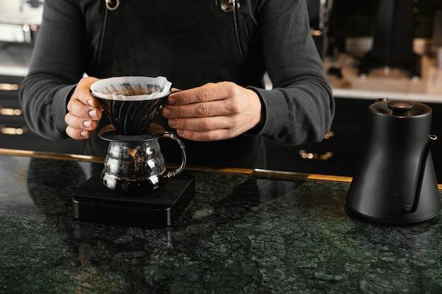 Gros Plan, Mains, Tenue, Filtre Café Photo Premium