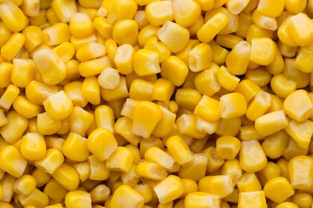 Gros Plan De Maïs à Grains Entiers En Conserve Photo Premium