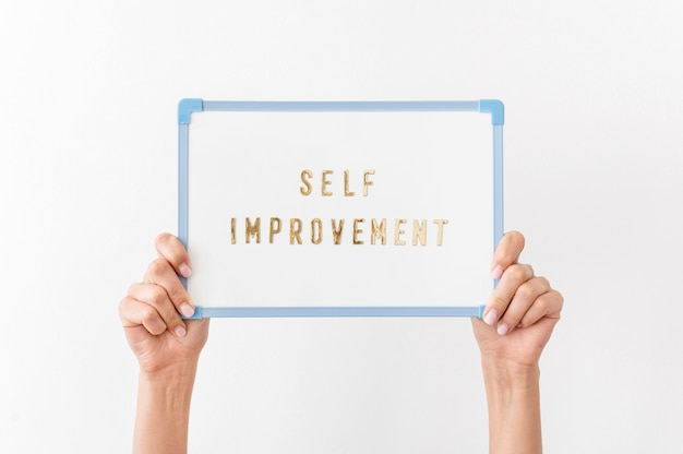 Gros Plan De Message D'amélioration Personnelle Photo gratuit