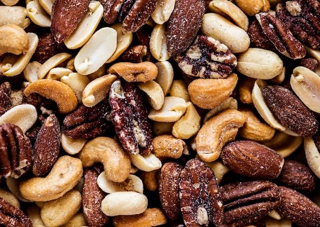 Gros plan de noix mélangées Photo gratuit